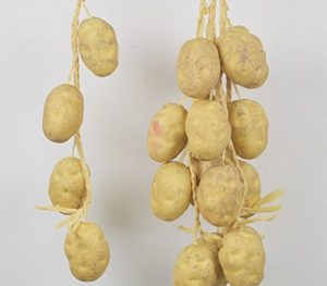 Kartoffeln aus Plastik